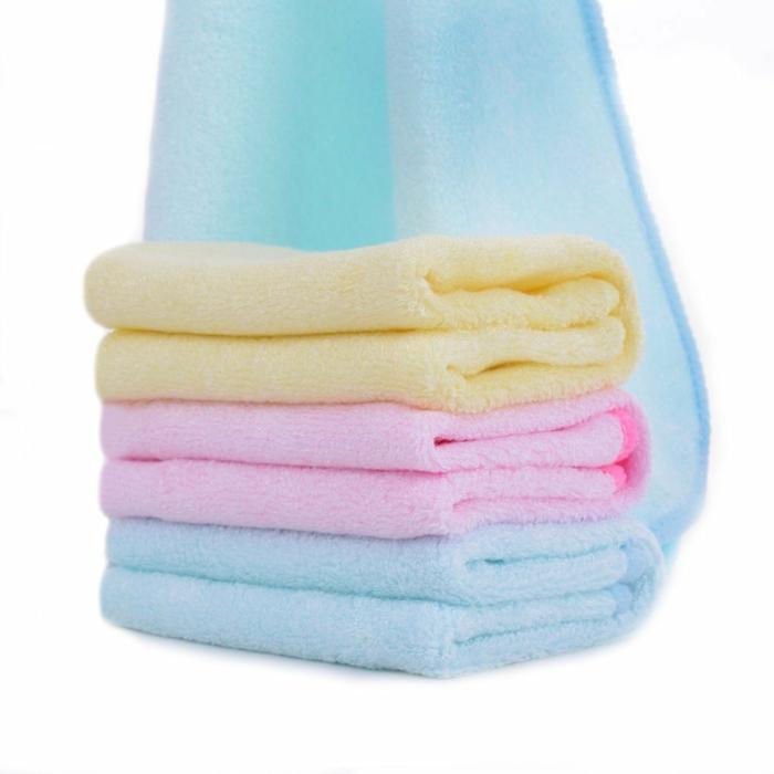 bonitas toallas de alta calidad en colores pastel, ideas sobre qué regalar a un bebé, regalos originales para recién nacidos