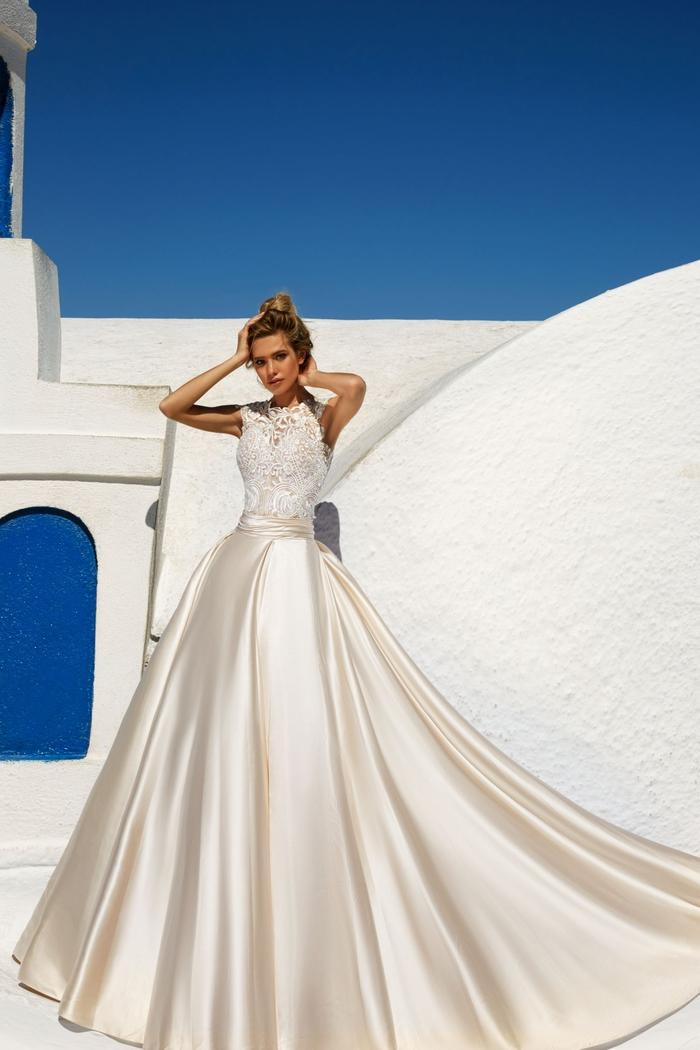 precioso vestido con falda de satén en color champán, vestido de novia princesa bonito y original, parte superior de encaje