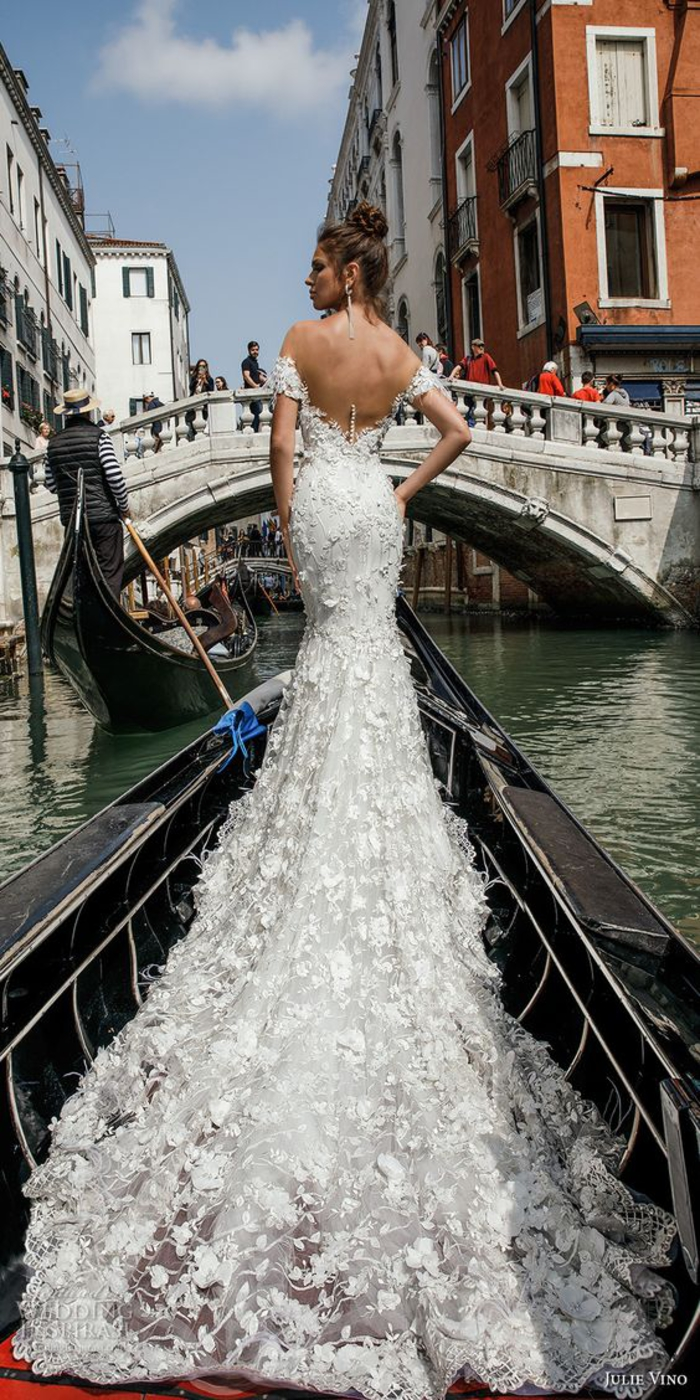 diseños de vestidos novia de corte sirena, preciosos vestidos de novia de encaje con bordados, vestidos de novia en estilo princesa