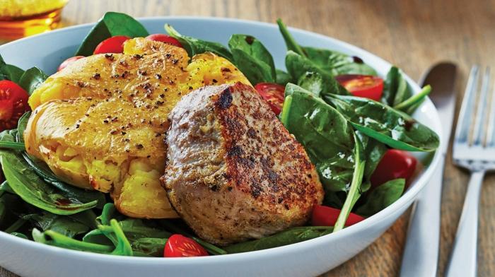 dieta sana y equilibrada paso a paso, fotos de platos saludables con recetas paso a paso, carne asado con verduras y tomates uva
