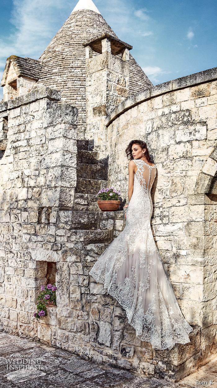preciosos vestidos corte sirena novia, vestido largo de encaje con bonita falda, diseños de vestidos de novia bonitos