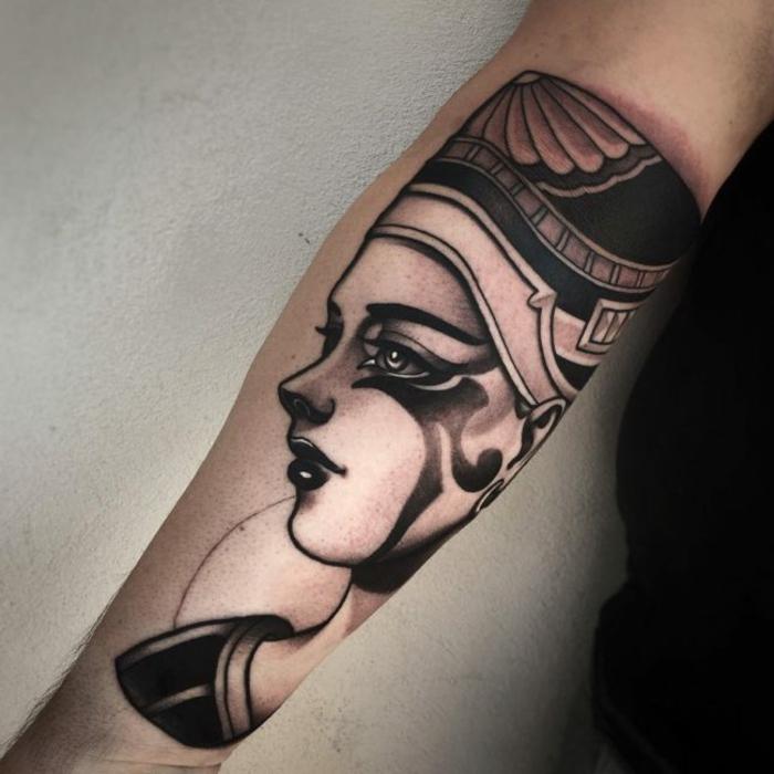 tatuajes antebrazo originales y bonitos diseños de tatuajes en el antebrazo, simbolos egipcios originales para tattoos