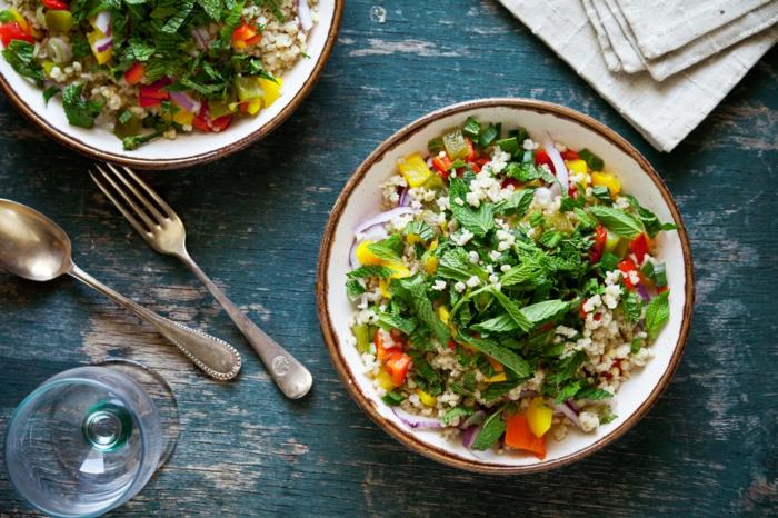 ejemplos de ensaladas frescas y nutritivas para comer en verano, comidas para adelgazar fáciles de hacer y nutritivas