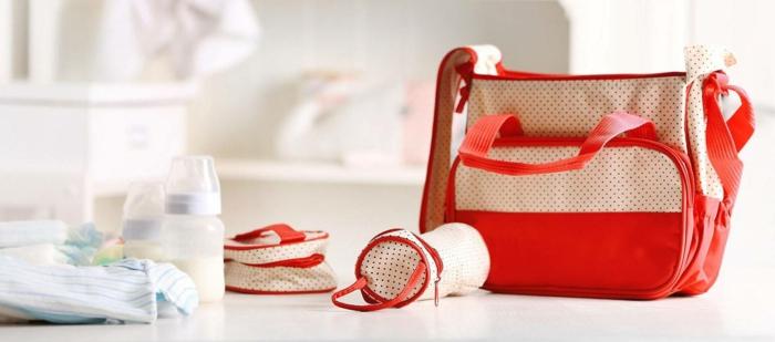 super originales ideas de regalos de madres primerizas, bolsa bebé coor beige y rosa, originales ideas de regalos bebés