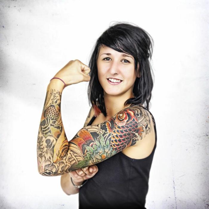 tattoo japones en el brazo entero, magnificas propuestas de tatuaje brazo mujer, diseños de tattoos con significado