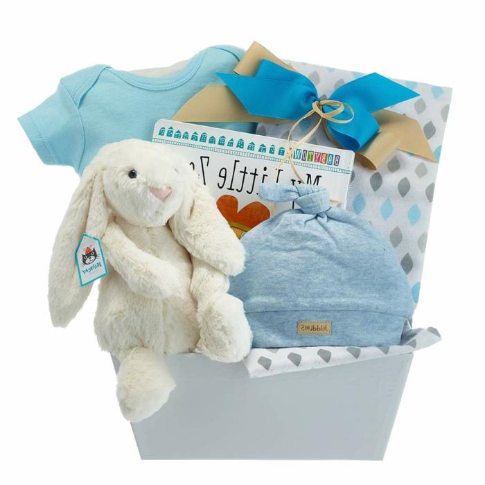 caja de regalos originales, ideas sobre qué regalar a un recién nacido, regalos personalizados para bebes recien nacidos
