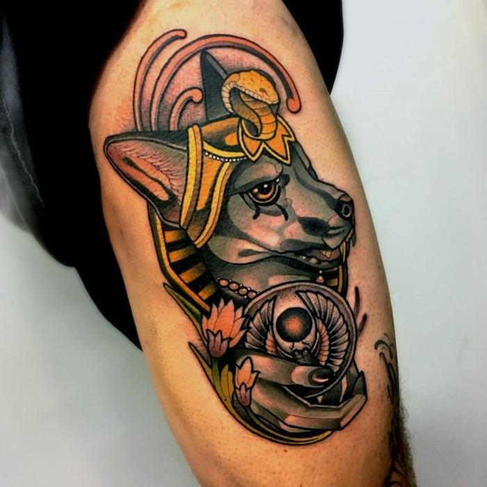 los mejores diseños de tatuajes egipcios en el brazo, tatuaje lobo en colores, diseños de tatuajes con simbologia