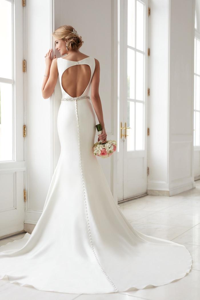 diseños de vestido novia princesa, adorable vestido con larga falda de corte sirena, vestido color blanco pulcro con espalda descubierta