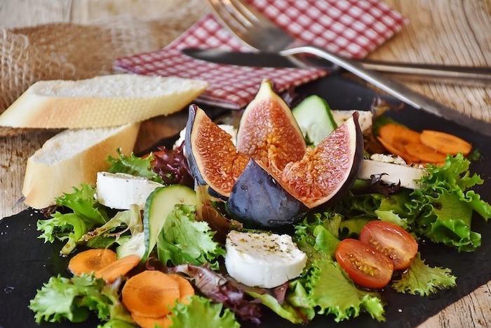 ideas de comidas mediterráneas, qué comer para llevar una vida sana y conseguir una dieta equilibrada, recetas y fotos de comidas
