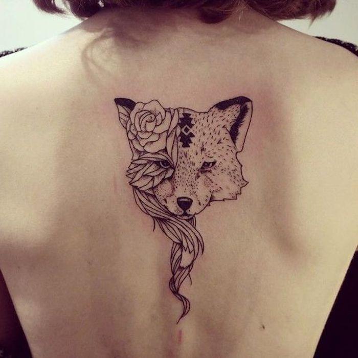 tatuajes en la espalda con un significado escondido, tatuaje zorro en la columna vertebral, tatuajes dibujos originales