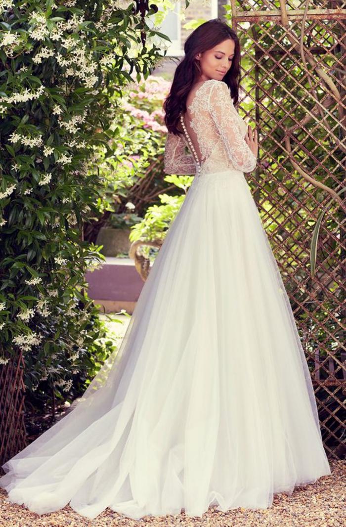 elegantes vestidos de boda de tul y encaje, vestido novia encaje bonito, preciosos diseños de vestidos de novia en fotos