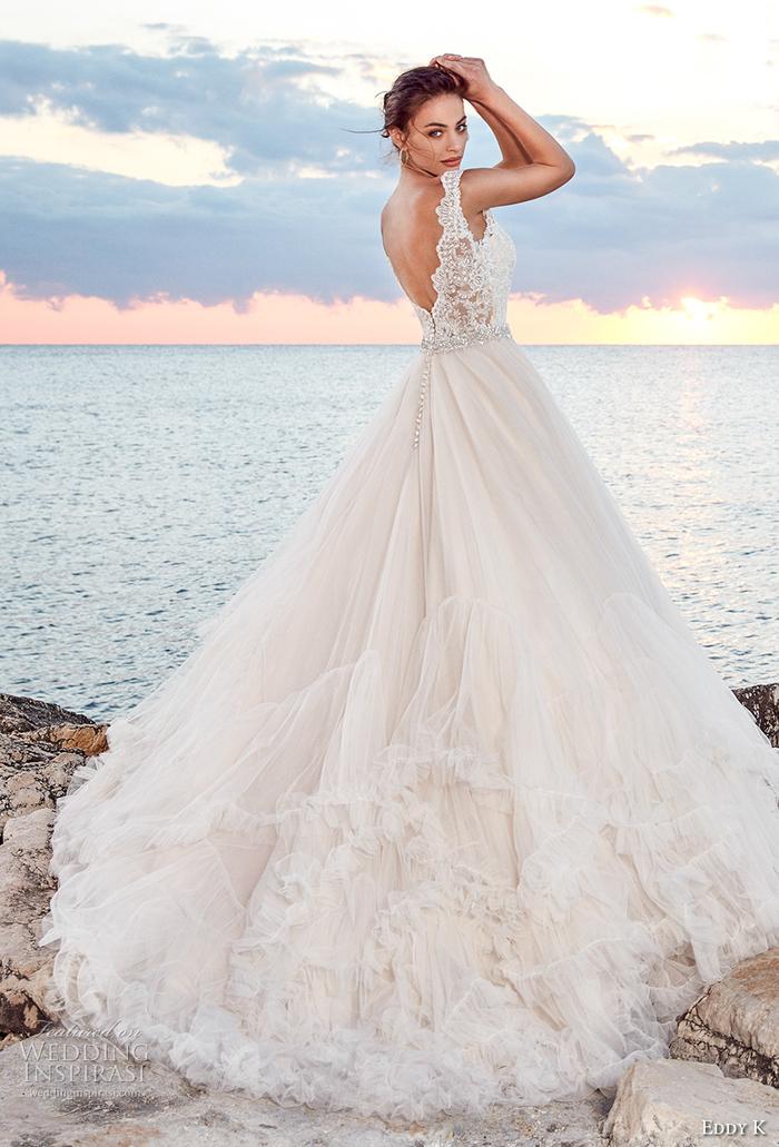 las propuestas más bonitas de vestidos de novia, vestido novia encaje con largo tul color champán, fotos de vestidos de novia