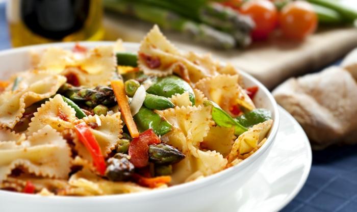 ideas de recetas para adelgazar, farfalle veganas, pastas ricas y saludables, bonitas fotos de recetas para perder peso