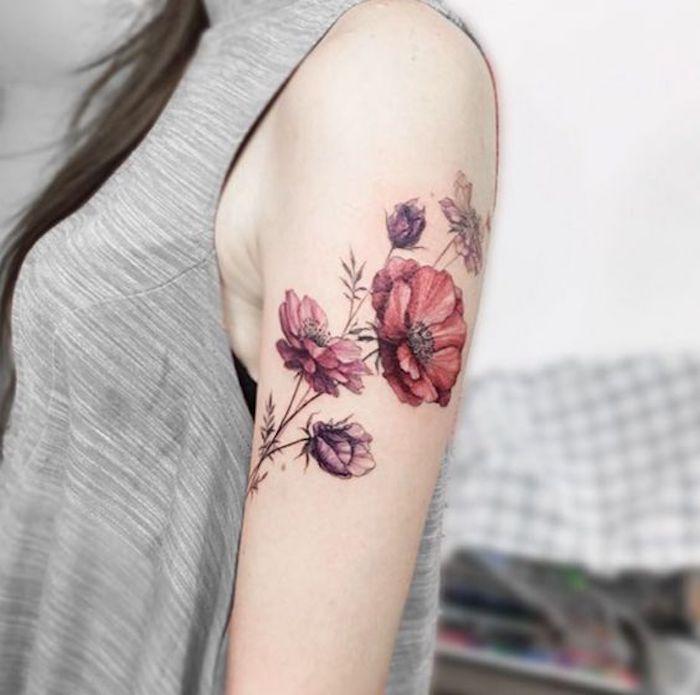 tatuajes con flores que inspiran, cuáles son los mejores diseños de tattoos con flores, tatuajes dibujos con motivos florales y su significado