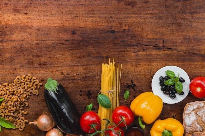 cuáles son los alimentos nutritivos y saludables para conseguir un menu equilibrado, más de 70 propuestas de recetas para adelgazar