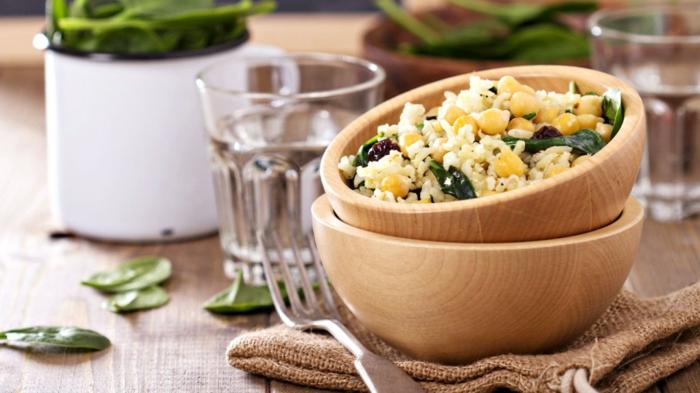 platos saludables con arroz y veggetales, recetas para adelgazar ricas y nutritivas, platos con arroz y garbanzos, recetas únicas
