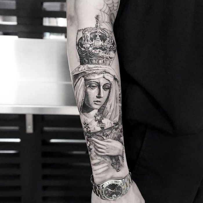 ideas de tatuajes religiosos, tatuaje en el antebrazo realista, fotos de tatuajes brazo entero, diseños de tatuajes inusuales
