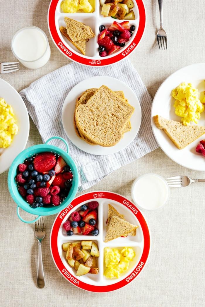 tostadas, frutas y verduras, comidas sanas y equilibradas, alimentacion saludable para tu día a día, platos sanos y equilibrados