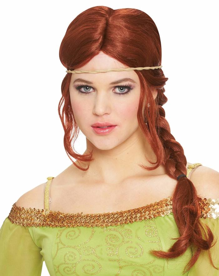 peinados inspirados en las peliculas mediavales, trenza lateral con mechones sueltos y bonita diadema, peinados medievales pelo suelto y recogidos bonitos