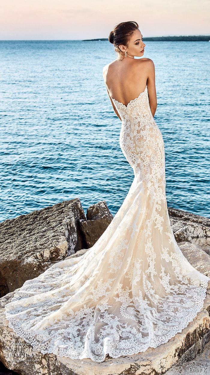 vestidos corte sirena novia, bonito vestido con larga falda y hermosos bordados, vestidos novia con espalda descubierta