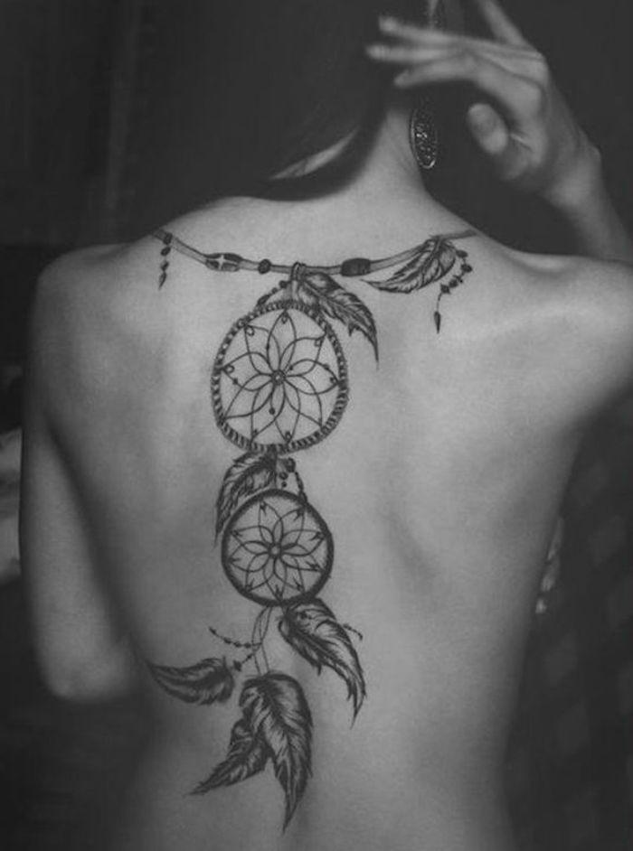 precioso ejemplos de tatuajes en la espalda, tatuajes ornamentados mujer, los mejores ejemplos de tatuajes para hombres y mujeres