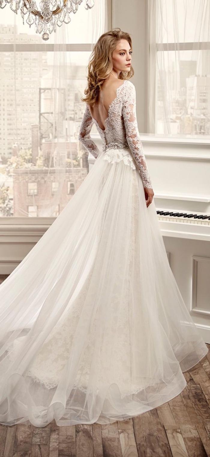 precioso vestido de tul y encaje, vestido novia princesa, los mejores diseños vestidos de boda en blanco, vestidos de encaje