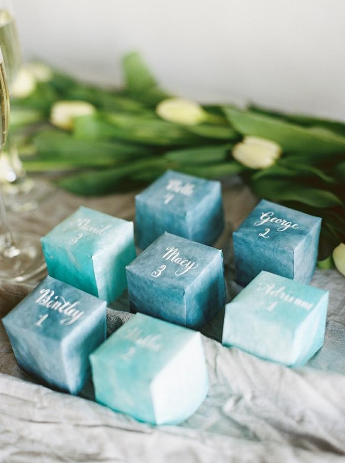 pequeños detalles para bodas en bonitas cajas, ideas de detalles de boda personalizados para sorprender a tus invitados