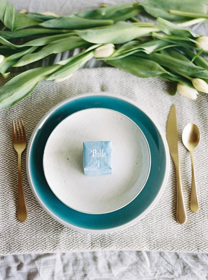 pequeños detalles para poner en el plato de cada invitado, regalos sorpresa para los invitados, regalos para novios boda