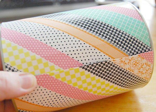 lata decorada con washi tape en colores, manualidades primaria originales y divertidas, actividades pequeocio originales