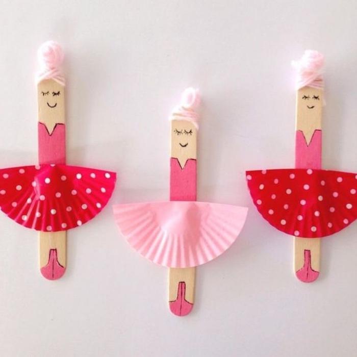 proyectos DIY con reciclaje, palitos de madera pintados, mini ballerinas, manualidades para niños de primaria faciles