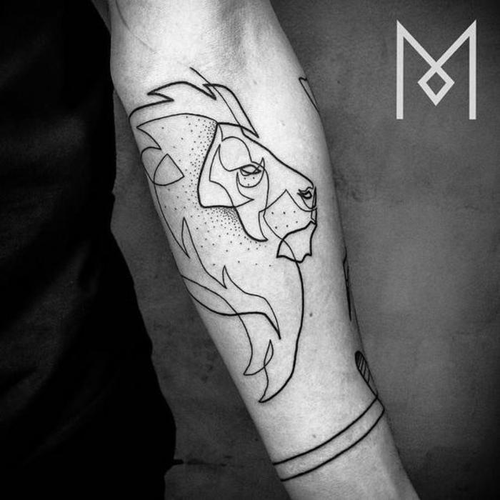 animales geometricos tatuados en la piel, tatuaje león con una sola línea continua, diseños de animales originales