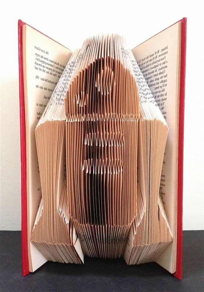 bonitas ideas de pledago de libros, figuras y esculturas en libros originales y artísticas, manualidades con papel originales