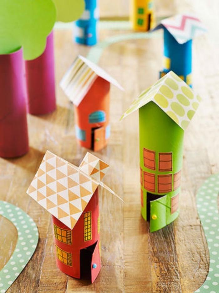 como reciclar rollos de papel higienico, ideas de manualidades para niños de primaria, manualidades con tubos de cartón reciclados