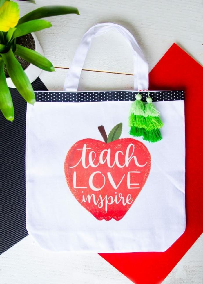 fotos de regalos personalizados para profesores y regalos DIY para fin de curso, regalos originales para profes en imagines