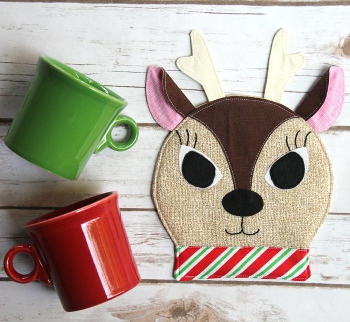 tazas para profesores y detalles para regalar, tazas en rojo y verde para regalar en navidad, cosas que regalar a una profesora