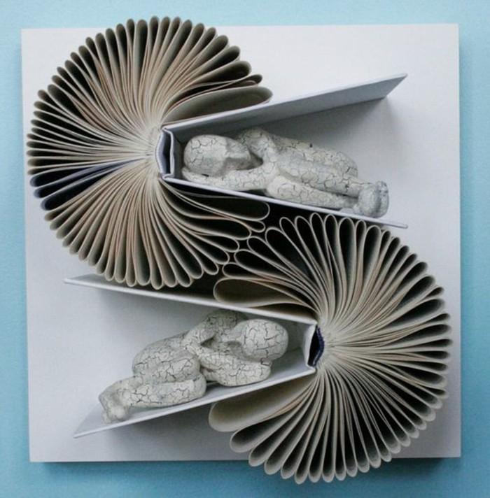 ideas de como hacer manualidades con papel, creaciones artísticas, obras de arte hechas con papel plegado, manualidades para decorar la casa