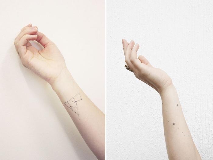 diseños de tatuajes con pequeños detalles, tatuajes con constelaciones estelares, tatuajes pequeños en el antebrazo