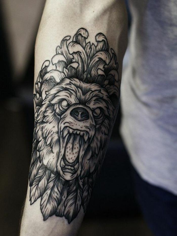 tatuaje tigre antebrazo entero, ideas de tatuajes brazo hombre con animales salvajes, diseños de tatuajes que signifiquen fuerza