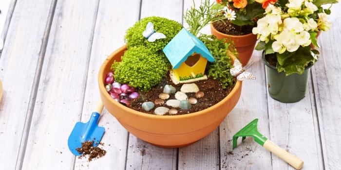 pequeño jardín DIY hecho a mano, ideas de manualidades faciles para hacer en casa, manualidades creativas niños y adolescentes