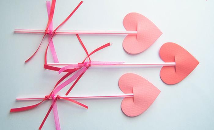 ideas creativas de regalos de san valentín, mini corazónes de papel para regalar, manualidades faciles para hacer en casa