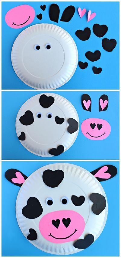 ejemplos de manualidades niños 2 años super divertidos, plato de plástico decorado con trozos de papel coloridos