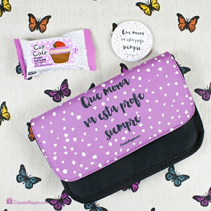 monederos y bolsos temáticos con mensajes para regalar a tu profesora, regalos originales para profesores fin de curso