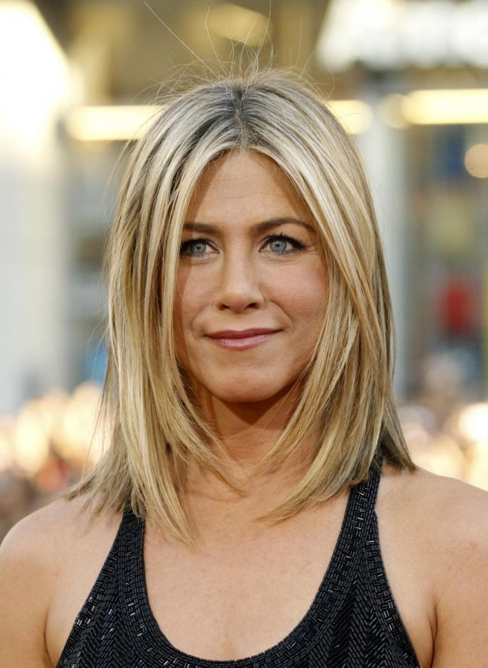 Jennifer Aniston con un corte de pelo moderno, cortes de pelo corto a capas fotos, corte de pelo bob largo, fotos de pienados