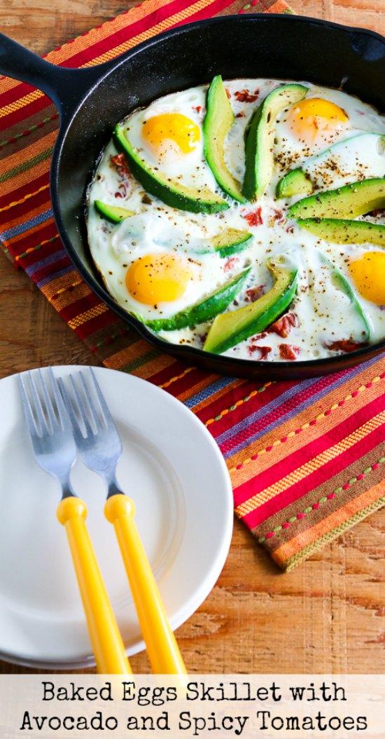 platos con aguacate con huevo, las mejores ideas de desayunos sanos para tu dieta, platos con aguacate originales y ricos
