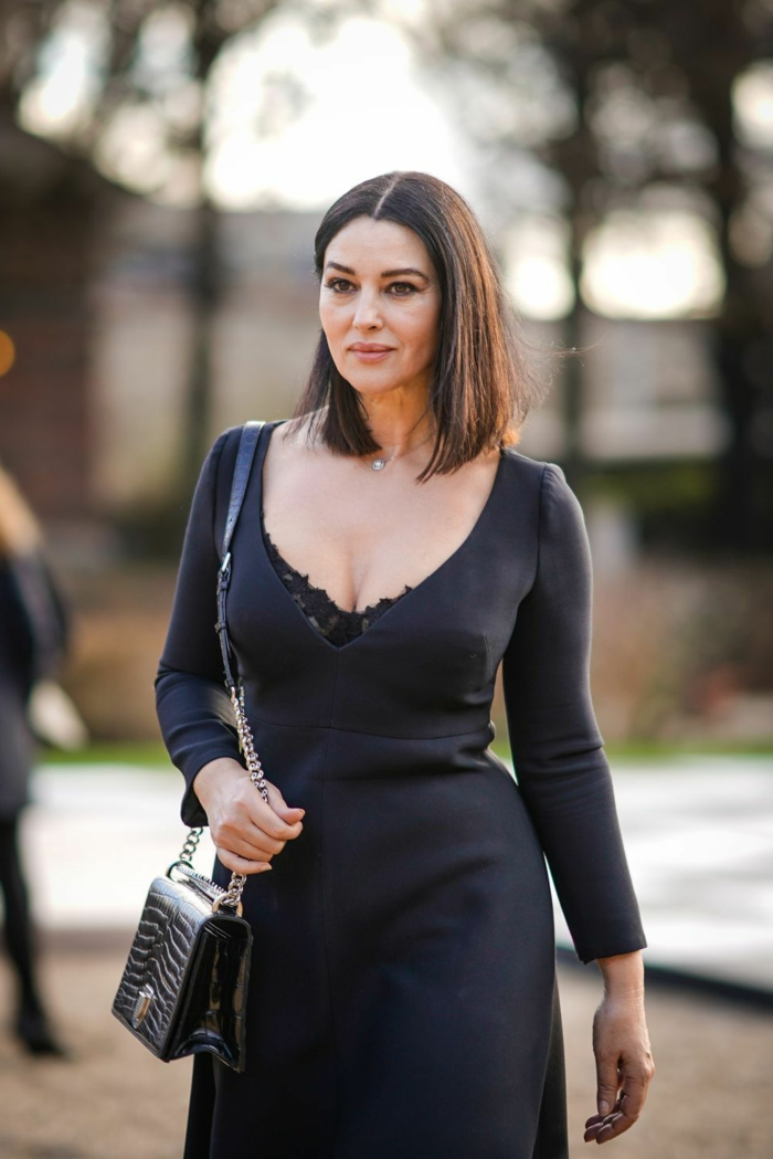 celebridades luciendo un corte de pelo corto, magníficas ideas de peinados pelo corto, Monica Belluci con un elegante vestido negro