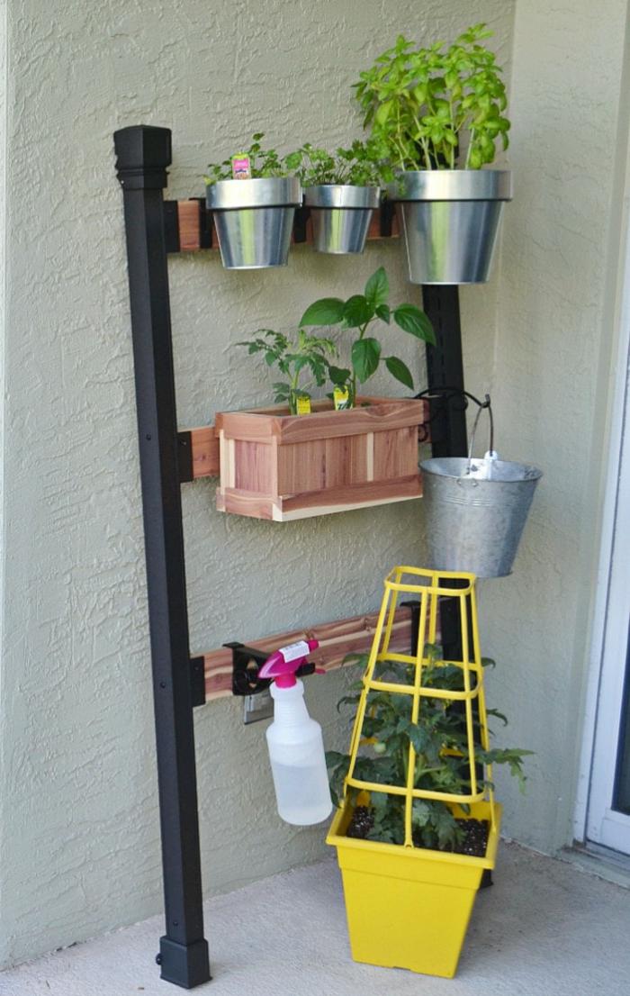super originales ideas para decorar el patio, diseño de jardines originales, como montar un pequeño jardín vertical en tu patio