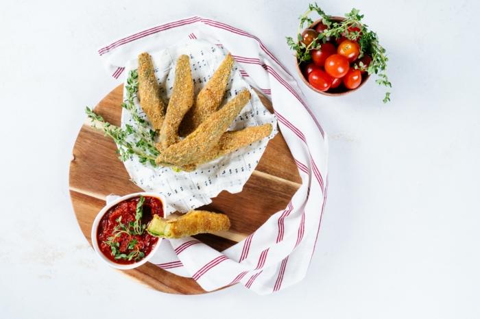 las mejores recetas con ideas de picoteo, como hacer aguacate frito, ideas de aperitivos faciles para sorprender a tus amigos