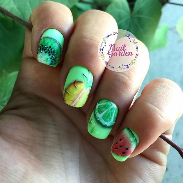diseños de uñas en colores vibrantes para el verano, uñas verano originales, dibujos en las uñas de frutas cítricos
