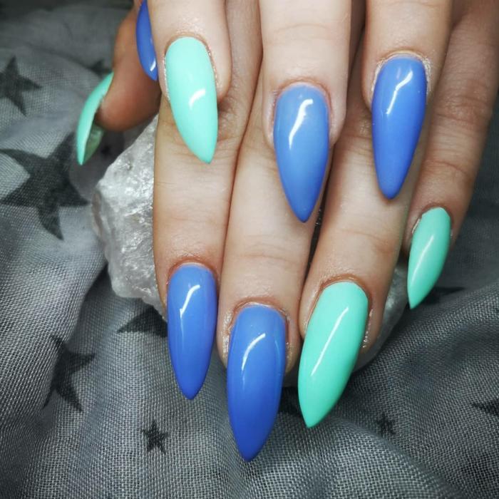 fotos de uñas de gel para el verano, magníficas ideas de colores para uñas que están de moda, uñas largas en azul y verde menta