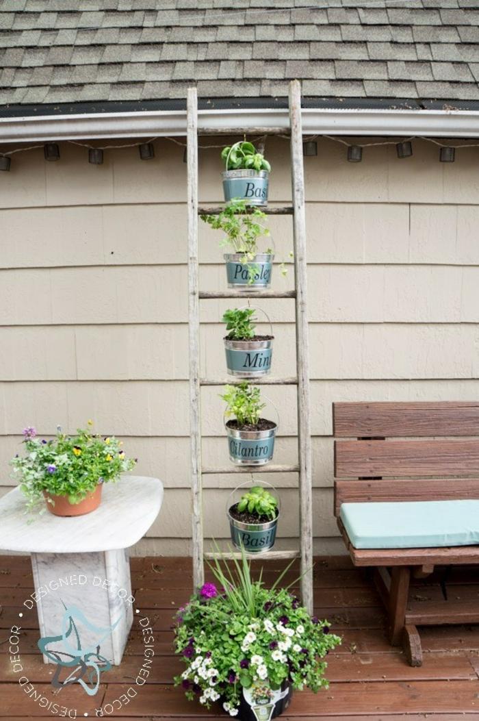 ideas para darle a tu patio un encanto rústico, decoración de espacios en bonito estilo, ideas de diseño de jardines verticales